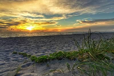 Photograph - Sun Glow  by Juan Montalvo