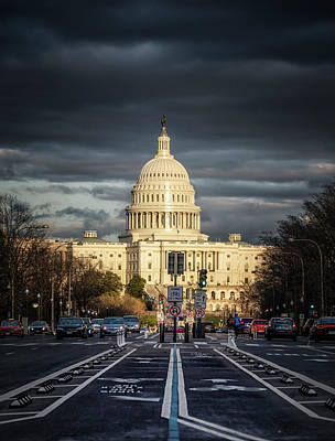 Photograph - Sun Kissed Capitol by Ryan Wyckoff