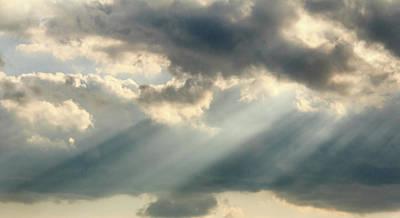 Photograph - Sun Rays At Days End 2 by Joni Eskridge