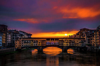 Sun Rises Over The Ponte Vecchio Art Print by Andrew Soundarajan