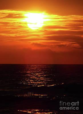 Photograph - Sun Setting by D Hackett