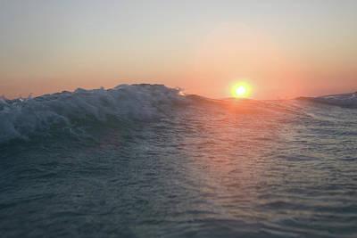 Photograph - Sun Toss by Dylan Punke