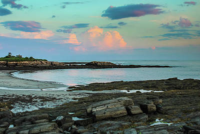 Photograph - Sundown At Kettle Cove by Debra Forand