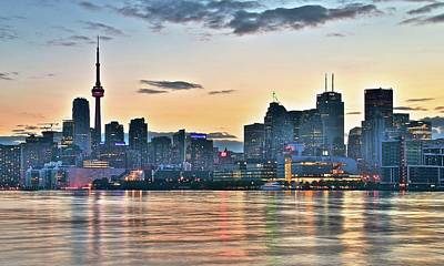Toronto Maple Leafs Photograph - Sundown In Toronto by Frozen in Time Fine Art Photography