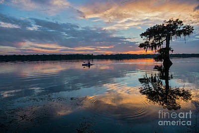 Sundown Kayaking At Lake Martin Louisiana Art Print by Bonnie Barry