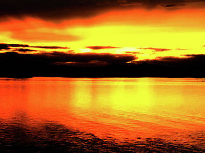 Photograph - Sundown Over Lake Havasu by Charles Benavidez