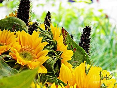Photograph - Sunflower Bouquet 2 by Sarah Loft