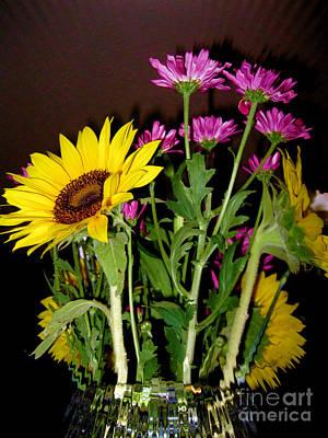 Painting - Sunflower Bouquet  by Oksana Semenchenko