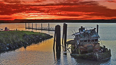 Photograph - Sunken Ship At Gold Beach by Jack Moskovita