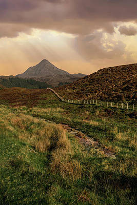 Photograph - Sunrays Over Isle Of Skye by Jaroslaw Blaminsky
