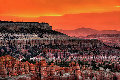 Park Scene Photograph - Sunrise At Bryce Canyon by Photography Aubrey Stoll