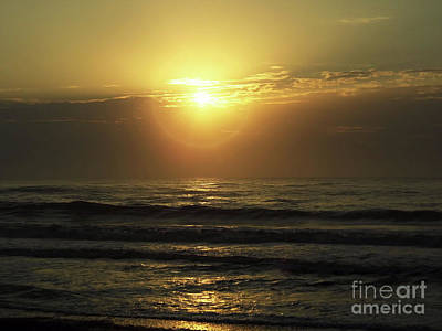 Photograph - Sunrise At Fernandina Beach by D Hackett