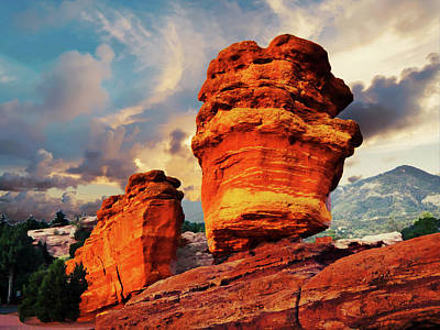 Photograph - Sunrise At Garden Of The Gods by Alan Socolik