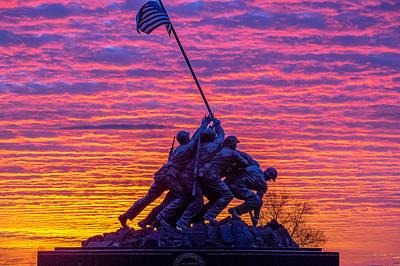 Iwo Jima Photograph - Iwo Jima Memorial Sunrise by Robert Powell