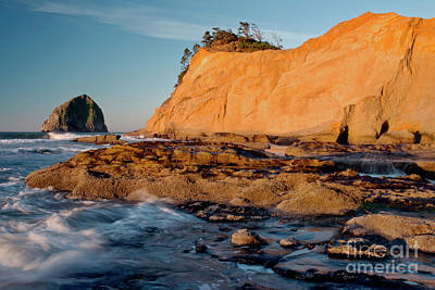 Photograph - Sunrise At Kiwanda by Tim Moore