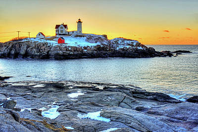 Sunrise At Nubble Light York Me Cape Neddick Art Print by Toby McGuire