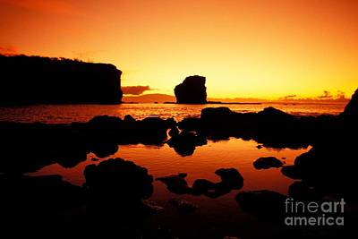 Sunrise At Puu Pehe Art Print by Ron Dahlquist - Printscapes