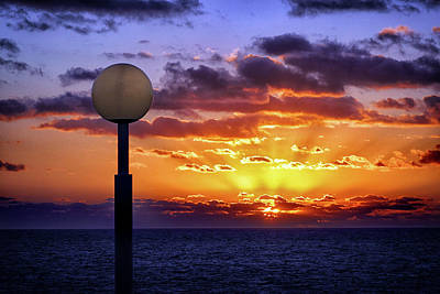Photograph - Sunrise At Sea Off The Delmarva Coast by Bill Swartwout