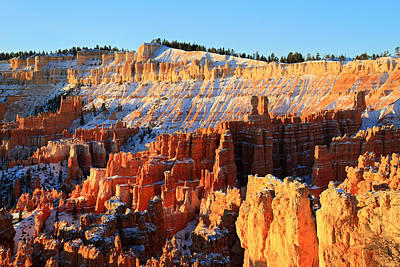 Photograph - Sunrise At Sunset Point In Bryce Canyon by Pierre Leclerc Photography