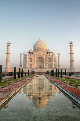 Mahal Photograph - Sunrise At Taj by Pierre Turtaut