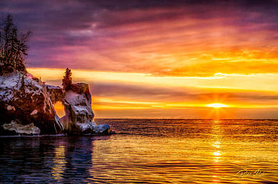 Photograph - Sunrise At The Arch by Rikk Flohr