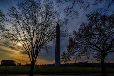 Sunrise At The Washington Monument Print by Bill Cannon