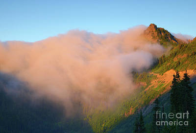 Sunrise Chinook Pass Art Print by Mike Dawson