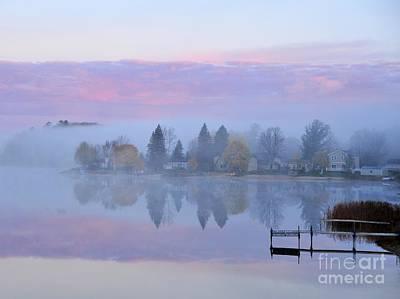Sunrise Comes To Stoneledge Lake Art Print by Terri Gostola
