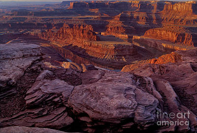 Photograph - Sunrise Dead Horse Point State Park Utah by Dave Welling