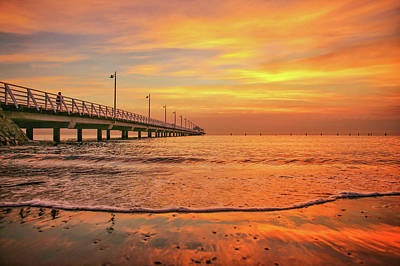 Sunrise Delight On The Beach At Shorncliffe Art Print