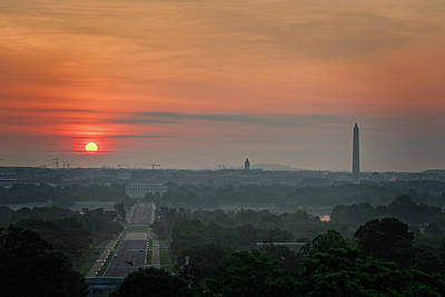 Photograph - Sunrise From The Arlington House by Cindy Hartman