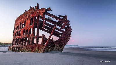 Peter Iredale Photograph - Sunrise In Astoria by Walt Baker