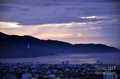 Photograph - Sunrise In Da Nang 2 by Andrew Dinh