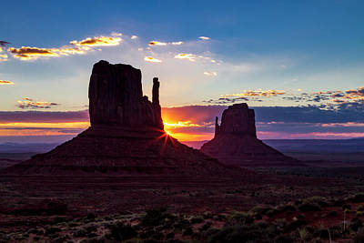 Photograph - Sunrise In Monument Valley by Teri Virbickis
