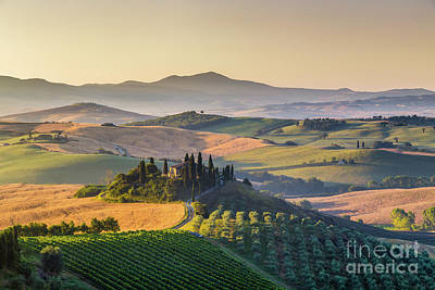 Sunrise In Tuscany Art Print