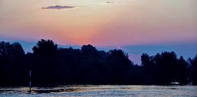 Photograph - Sunrise Kinderdjik 13 by Phyllis Spoor