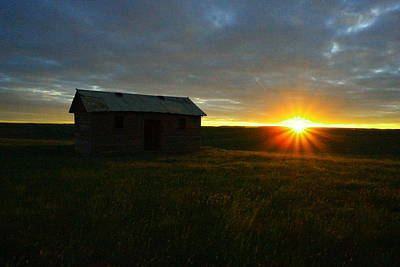 Photograph - Sunrise On An Old Prairie Cabin by Jeff Swan