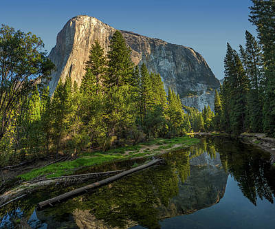 Sunrise On El Capitan Art Print by Peter Tellone