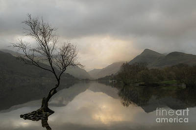 Sunrise On Llyn Padarn, North Wales Uk Art Print