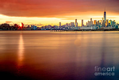 Photograph - Sunrise On The Weehawken Waterfront by Jim DeLillo