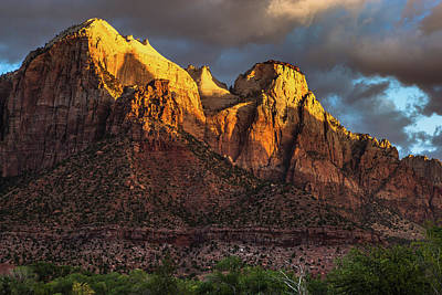 Sunrise On Zion National Park Art Print