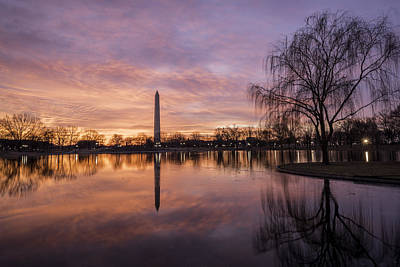 Sunrise Over Constitution Gardens Art Print by Michael Donahue