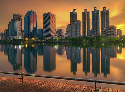Sunrise Over Queen Silikit Park In Bangkok Art Print