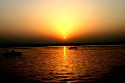 Photograph - Sunrise Over The Ganges by Tony Brown