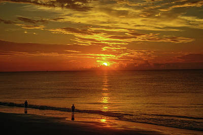 Photograph - Sunrise Over The Ocean by Barry Fowler