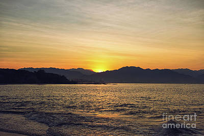 Photograph - Sunrise Over The Pacific Ocean by Marilyn Nieves