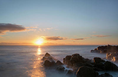 Photograph - Sunrise Over The Rocks by Veli Bariskan