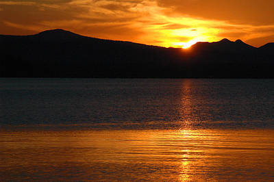 Sunrise Over Yellowstone Lake Art Print