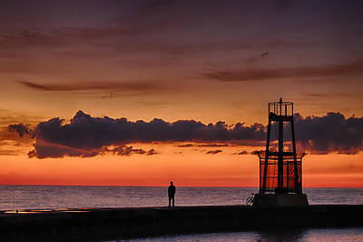 Photograph - Sunrise Watcher by John McArthur