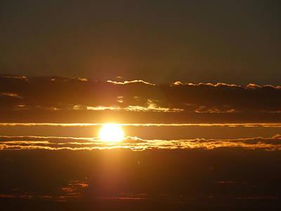 Photograph - Sun's Goodnight by Bill Helman